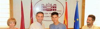 Cabañero resalta el orgullo de tener un albaceteño campeón de Europa de tenis