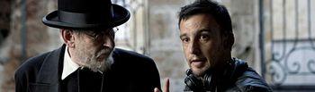 Karra Elejalde y Alejandro Amenábar - Mientras dure la guerra. Un momento del rodaje de la película. Foto: Internet.