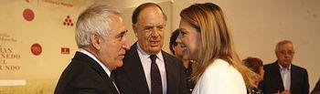 Cospedal felicita al Premio Nacional de Hosteleria, Adolfo Muñoz, en presencia del Marques de Griñón. Foto: JCCM.