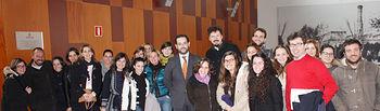 José María Dívar con profesionales Grupo CECAP. Foto: JCCM.