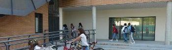 Aparcabicicletas en centros escolares
