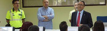 Presentación de la nueva prueba teórica por ordenador por parte del subdelegado del Gobierno en Albacete, Federico Pozuelo.