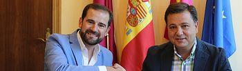 El alcalde de Albacete, Manuel Serrano, y el presidente de ADEPRO, Pedro Jesús Sáez.
