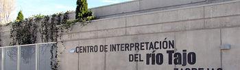 En la imagen, la fachada del Centro de Interpretación del río Tajo en Zaorejas (Guadalajara).
