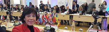 La ministra de Educación y Formación Profesional, Isabel Celaá, en la Cumbre de Ministros de Educación del Consejo de Europa celebrada en París.