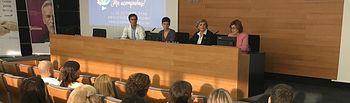El Hospital de Hellín celebra una jornada sobre la colaboración de los servicios sanitarios en los cuidados paliativos.