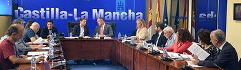 El consejero de Fomento, Nacho Hernando, informa, en la Consejería, de los asuntos acordados en la Comisión Provincial de Ordenación del Territorio y Urbanismo. (Fotos: José Ramón Márquez // JCCM).