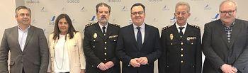 La Junta Directiva de ADECA ha recibido en la sede al comisario jefe de la Policía Nacional de Albacete, José Francisco Roldán, y al que será su sustituto, Antonio Bueno.