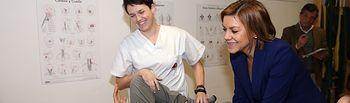 Cospedal visita la Asociación de Esclerosis Múltiple de Toledo (4). Foto: JCCM.