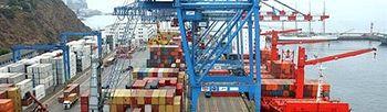 Barco cargando contenedores para exportar (Foto:Archivo)