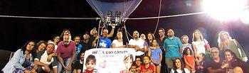 Mora viaja en globo para luchar contra el cancer infantil a favor de AFANION
