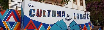 Elche de la Sierra estrena un nuevo mural en homenaje a las alfombras