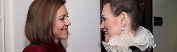 Cospedal saluda a la soprano Ainhoa Arteta
