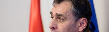 Francisco Tierraseca, delegado del Gobierno en Castilla-La Mancha, durante la toma de posesión de Florentino Marín, como nuevo Comisario de la Policía Nacional en Albacete