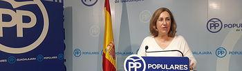Silvia Valmaña, diputada del PP de Guadalajara, en rueda de prensa.