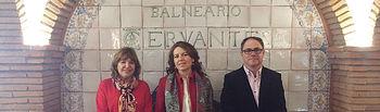 Reunión de la consejera de Bienestar Social en el balneario de Santa Cruz de Mudela (Ciudad Real). Foto: JCCM.
