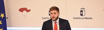 El portavoz del Gobierno regional, Nacho Hernando, ofrece una rueda de prensa, en el Palacio de Fuensalida, para informar de los acuerdos del Consejo de Gobierno. (Fotos: José Ramón Márquez // JCCM)