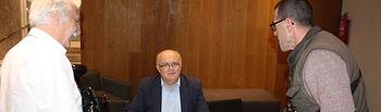 El delegado de la Junta en Albacete, Pedro Antonio Ruiz Santos durante su encuentro con diferentes medios de comunicación en Almansa, para informar de los Presupuestos de la Administración regional para esta localidad albaceteña.