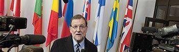 Rajoy atiende a los medios de comunicación. Foto: EFE/Horst Wagner.