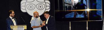 Diego Pérez entrega Premio Hecho en CLM.