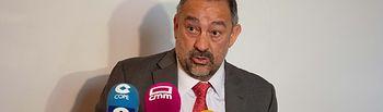 Julián Garde en su comparecencia ante los medios en Toledo.  © Gabinete de Comunicación UCLM.
