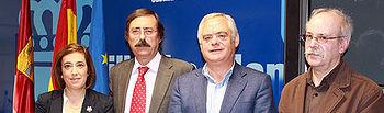 Jesús Montalvo con Begoña de la Cruz, Tomás Mañas y Fernando Mendoza
