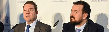 El jefe del Ejecutivo autonómico, Emiliano García-Page, informa, en el Ayuntamiento de La Roda, de los asuntos tratados en un nuevo Consejo de Gobierno itinerante. (Fotos: José Ramón Márquez // JCCM).