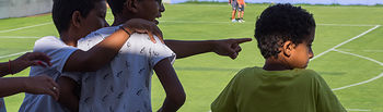 Los niños Saharauis en acogida de Albacete van a ver el entrenamiento del Albacete Balompié