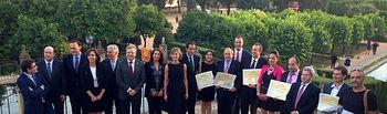 """Isabel García Tejerina entrega a empresas y profesionales los """"Premios Alimentos de España 2013"""". Foto: Ministerio de Agricultura, Alimentación y Medio Ambiente"""