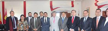 El rector de la UCLM se reunió con representantes públicos de Educador antes de la clausura del acto.