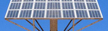 El sector agrario español traslada al Ministro Arias Cañete su preocupación por el futuro de las inversiones en energía fotovoltaica. Foto: COAG.
