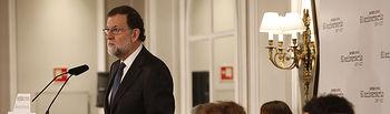 El presidente del Gobierno, Mariano Rajoy, durante su intervención en un desayuno-coloquio de los Desayunos Informativos de Europa Press. Pool Moncloa/Diego Crespo