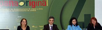 El Gobierno Regional, a través del Instituto de Promoción Exterior de Castilla-La Mancha (IPEX), ha organizado en Ciudad Real, en el marco de la Feria España Original, la Jornada Presentación del Plan India de Alimentos y Bebidas 2010 - 2012.