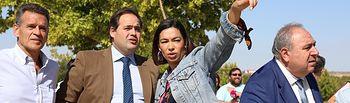 Paco Núñez visita con Claudia Alonso los accesos al nuevo Hospital de Toledo.