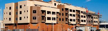En Castilla-La Mancha se constituyeron, según los datos del INE, 46.916 hipotecas sobre viviendas en 2005, lo que representa un incremento del 21,26% respecto a 2004, muy superior al del conjunto nacional que fue del 11,31%.