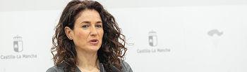 La viceconsejera de Empleo, Diálogo Social y Bienestar Laboral, Nuria Chust, comparece en rueda de prensa para dar cuenta de los datos de paro registrado del mes de enero. (Fotos: A. Pérez Herrera // JCCM).