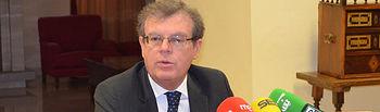 El rector de la Universidad de Castilla-La Mancha (UCLM), Miguel Ángel Collado