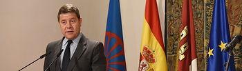 El presidente de Castilla-La Mancha, Emiliano García-Page, preside, en el Palacio de Fuensalida, el acto institucional con motivo del Día Internacional del Pueblo Gitano. (Fotos: José Ramón Márquez // JCCM)