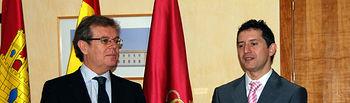Miguel Ángel Collado y Crescencio Bravo, en el acto de posesión de éste como secretario general de la UCLM.