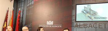 Francisco Núñez da a conocer los proyectos para dar un nuevo impulso turístico y cultural al Castillo de Almansa