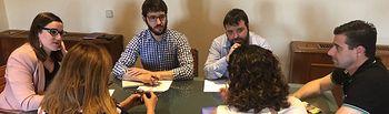 PODEMOS-CLM se reúne con miembros de la Plataforma regional por la Atención Temprana.
