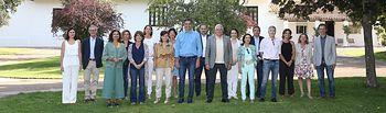 Pedro Sánchez junto con sus ministros en Los Yébenes