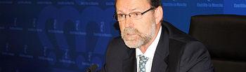 El viceconsejero de Ciencia y Tecnología, Enrique Díez Barra, dio hoy a conocer en Toledo el fallo de los Premios de Investigación e Innovación de Castilla-La Mancha 2009, con los que el Gobierno de Castilla-La Mancha hace un reconocimiento público a la labor personal de los investigadores de la región.