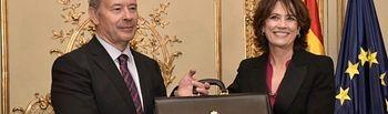 Juan Carlos Campo toma posesión de su cargo como ministro de Justicia.