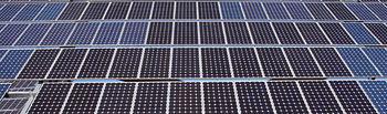 Imagen de archivo de unas instalaciones de generación de energía solar fotovoltaica.