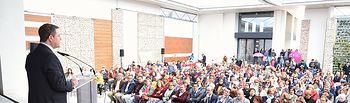 Clausura de las 'Jornadas del Estatuto de la Mujer Rural'  PEDRO MUÑOZ (Ciudad Real), 4 de abril de 2019.- El presidente de Castilla-La Mancha, Emiliano García-Page, clausura, en el auditorio de Pedro Muñoz, las 'Jornadas del Estatuto de la Mujer Rural' organizadas por la Federación de Asociaciones de Mujeres Rurales (FADEMUR) y la Unión de Pequeños Agricultores (UPA). (Fotos: José Ramón Márquez // JCCM)