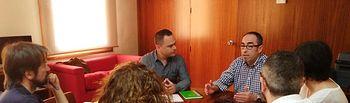 Reunión CC.OO con el Grupo Parlamentario Podemos en las Cortes Regionales.