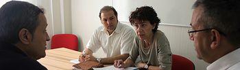 Los emprendedores de Valdeluz se agrupan en una asociación para revitalizar la actividad comercial