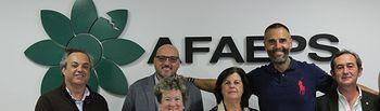 Rafael Lomana ha asistido a un desayuno con la directiva de Familiares y Amigos de Personas con Enfermedad Mental AFAEPS.