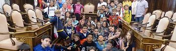 Visita escolares de Torija al Palacio Provincial